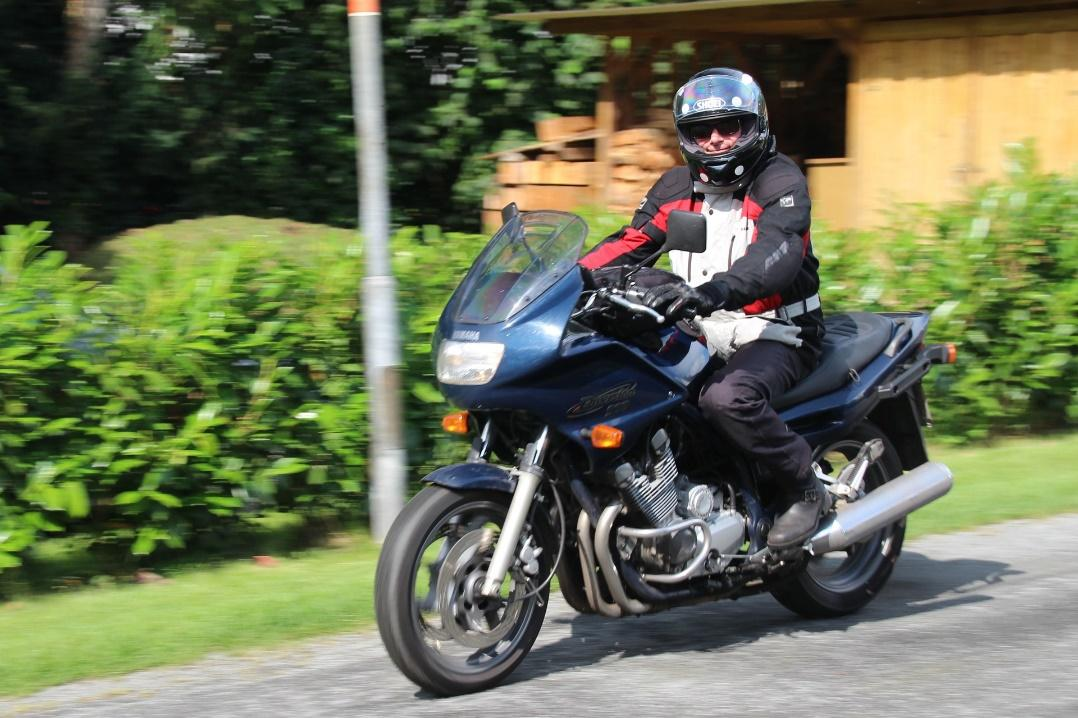 motorcycle safety tips for riders