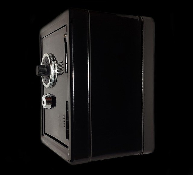 How to open a safe?